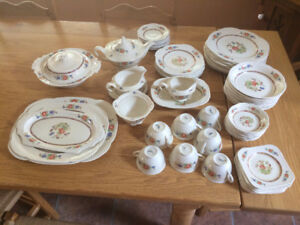 vaisselle anglaiseWOODS IVORY WARE
