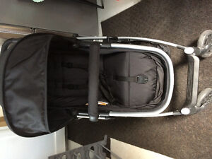 Poussette et siege bebe Urbinin- stroller and  car seat combo