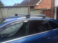 Audi A4 Avant Estate Thule roof bars rack b8