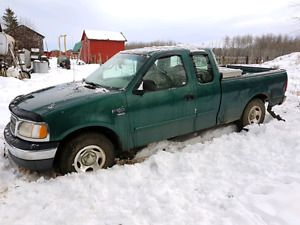 2000 Ford F-150 for parts