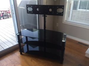 Glass TV Stand with swivel mounting bracket