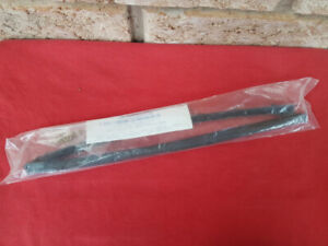 1949-1951 FORD CONVERTIBLE & VICTORIA Vent Window Seal PAIR NEW
