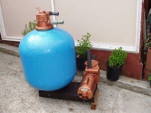 SWIMMING POOL SAND FILTER W. ATTACHMENTS.