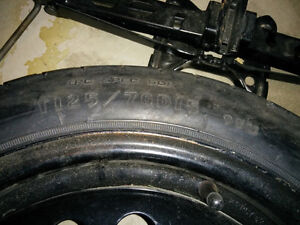 Spare Tire with Jack and Wrench Oakville / Halton Region Toronto (GTA) image 2