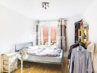 1 bedroom flat in Imperium House, Whitechapel E1