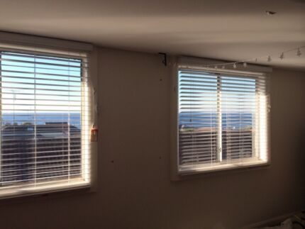 BIG ROOM WITH PRIME SEA VIEW AT CLOVELLY BEACH AVAILABLE NOW Clovelly Eastern Suburbs Preview