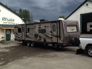 2013 35' Rockwood Signature Ultra Lite by Forest River 8319SS