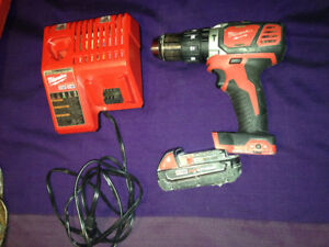 Milwaukee Drill + battery and charger