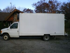 2004 Ford E-350 van Other
