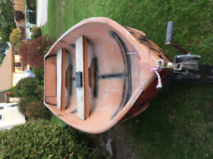 13 foot alumium boat with lights and trailer