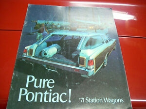 1971 Pontiac wagons sales brochure Peterborough Peterborough Area image 1