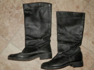 3 pairs of women's boots (Blondo, Roots...)