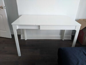 White Extendable Dining Table (4 seats EKEDALEN from Ikea)
