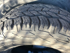 Tires 4 cooper 265/70r17 and 1 good year new sane size