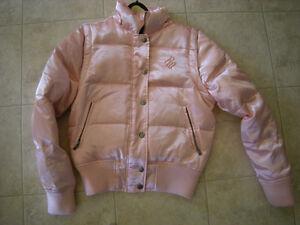 Joli manteau d'hiver avec capuchon West Island Greater Montréal image 2