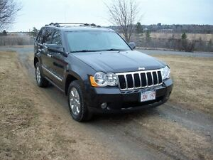 2010 Jeep Grand Cherokee Limited.