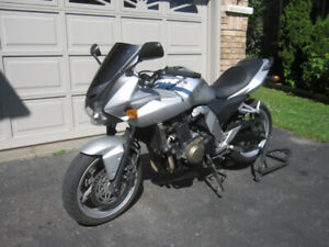 2006 KAWASAKI Z750s ~~ In-line 4 Cyl. ~~ Fuel Injected ~~ 750cc