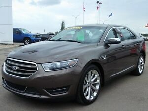 2015 Ford Taurus LIMITED AWD HAIL DAMAGED, LUXURIOUS AND AFFORDA