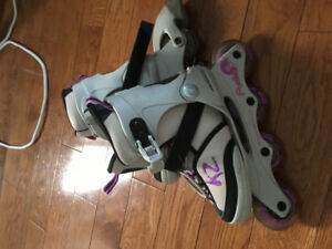 Girls roller blades, adjustable size 1-5