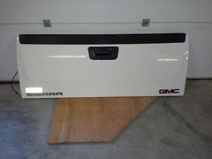 gmc sierra tail gate