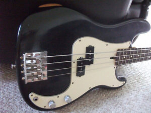 2007 FENDER P-BASS HWY 1 *MADE IN USA*
