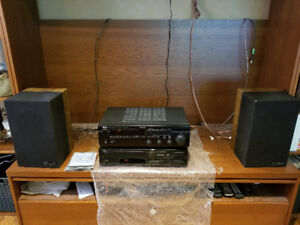 Yamaha stereo system with CD changer