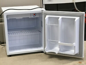 Danby mini fridge. 1.7 CuFt.