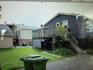 $600 OFF FIRST MONTHS RENT -2 BDRM HOUSE ON ROSEDALE AVE Nov1st
