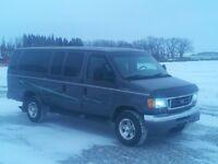 2004 Ford E-350  full sized 15 passenger