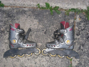 Used @Ero Wheels Rollerblades, Size 2, quite used but still good