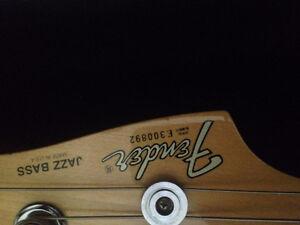 1983 Fender Jazz Bass Cambridge Kitchener Area image 8