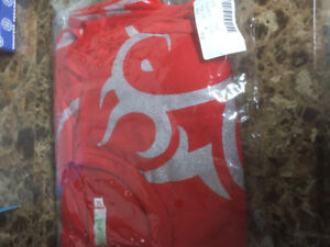 red shirt ordered from online  (Extra small)