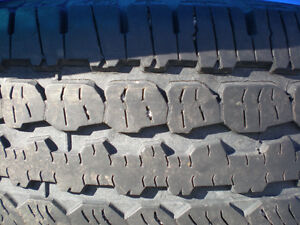Set of 4 BFGoodrich Radial Long Trail T/A Truck Tires 265/70/16 Peterborough Peterborough Area image 4
