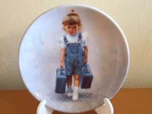 "Times to Treasure Plate ""Little Traveller"" w/ Box & Certificate"