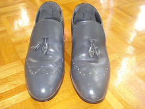 GOOD CONDITION  SAFETY SHOES SIZE 10 Windsor Region Ontario image 1