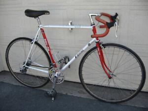 A few High End bikes: Trek, Miyata, Peugeot, Sekini, Fiori ++++