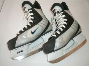 Boy's, Men's, Ladies Ice Skate Used in Good Condition, 8 J to 10