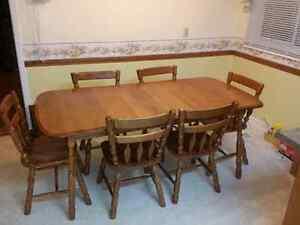 Kitchen dining room set Oakville / Halton Region Toronto (GTA) image 1