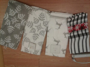 7 Winter themed towels