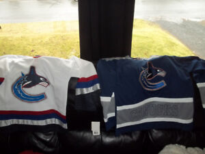 2 New Youth Vancouver Canucks Jerseys