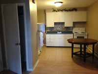$790,FIRST MONTH FREE,all inclusive w/internet. Broadway-Elmwood
