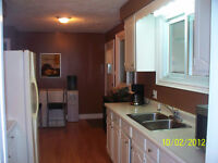 ROOMS FOR RENT NEAR LAMBTON COLLEGE