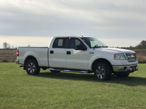 2009 Ford F-150 Lariat 5.4 L TRITON -- IMMACULATE -- CERTIFIED!!