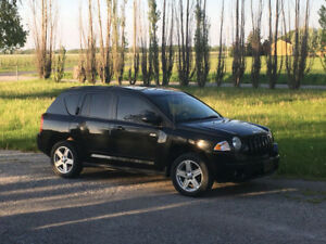2010 Jeep Compass North Edition (Comes with SNOW tires!)