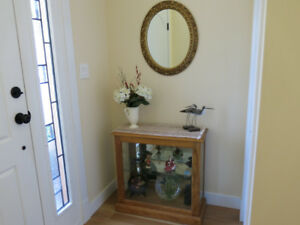 CURIO CABINET MADE OF BEAUTIFUL SOLID OAK /built in LIGHT