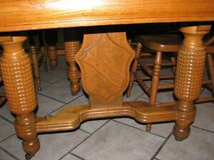 Antique Table and Chairs Prince George British Columbia image 3