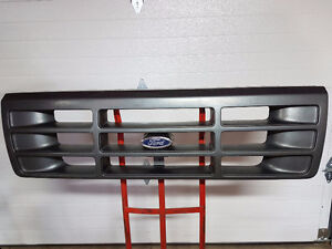 Ford OBS XL Grille