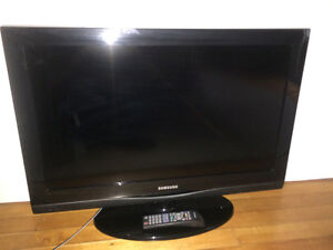 "32"" Samsung Flat screen, very good condition"
