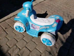 Current Page  Back to Ride-Ons  KidTrax Disney Frozen 6 Volt