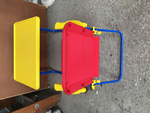 Kids foldable table and chair